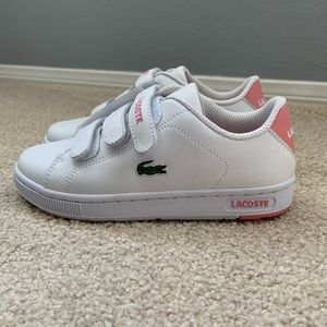 Lacoste Brand New Girl Camden Retro sneakers.